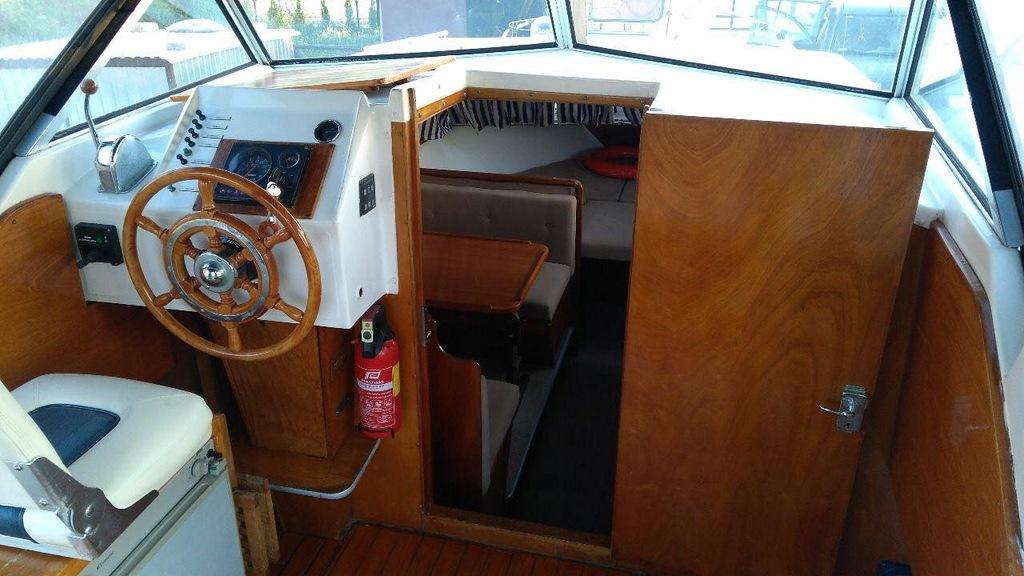 Jacht motorowy Polaris 770
