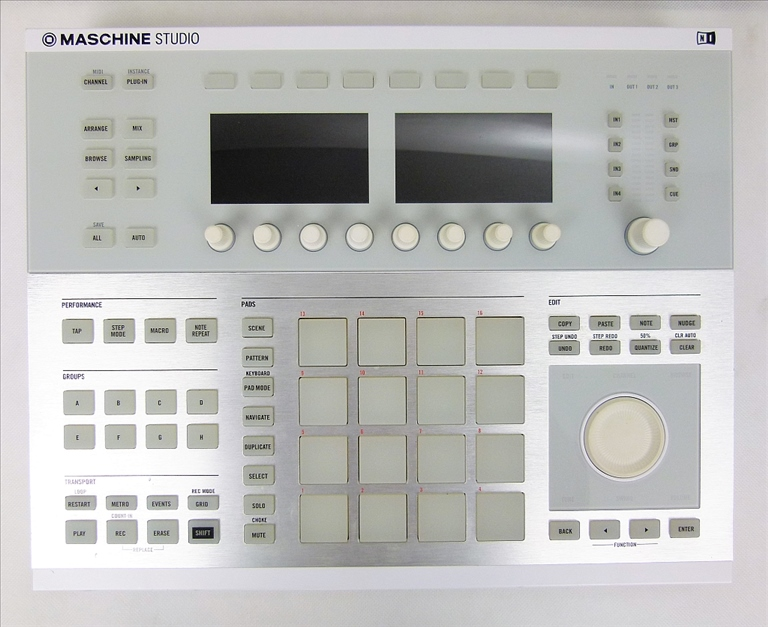 Native Instruments MASCHINE STUDIO kontroler