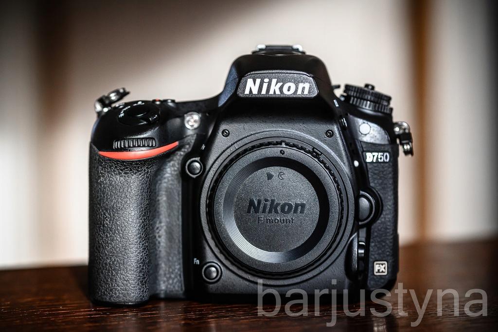Lustrzanka Nikon D750