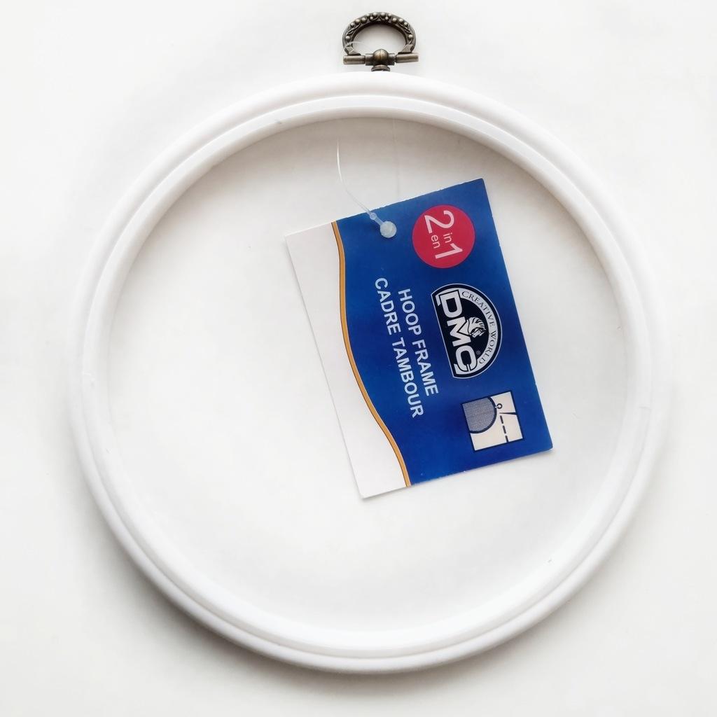 Biały ramkotamborek DMC okrągły 17,5cm, tamborek