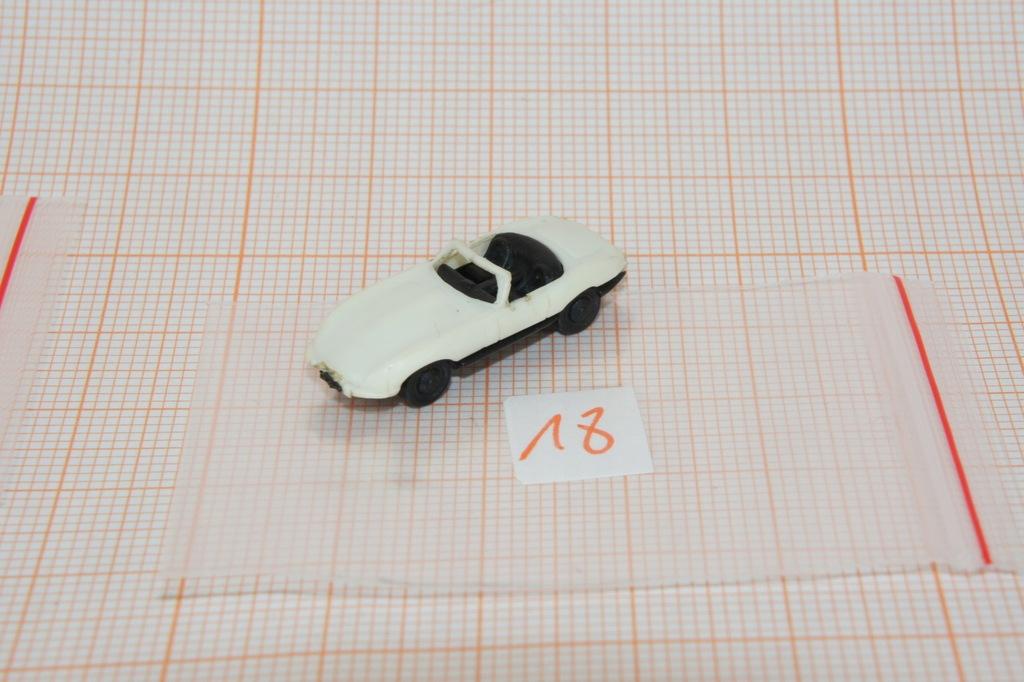 Auto na makietę w skali N 1/160 (18)