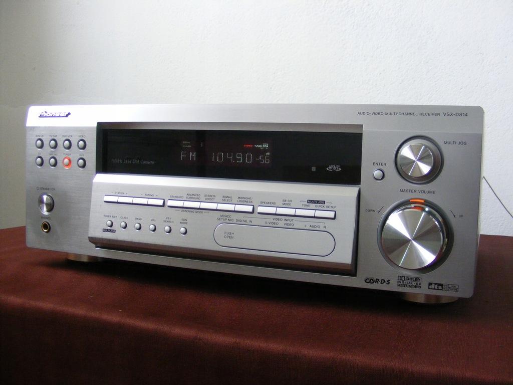 Amplituner PIONEER VSX-D814 DTS