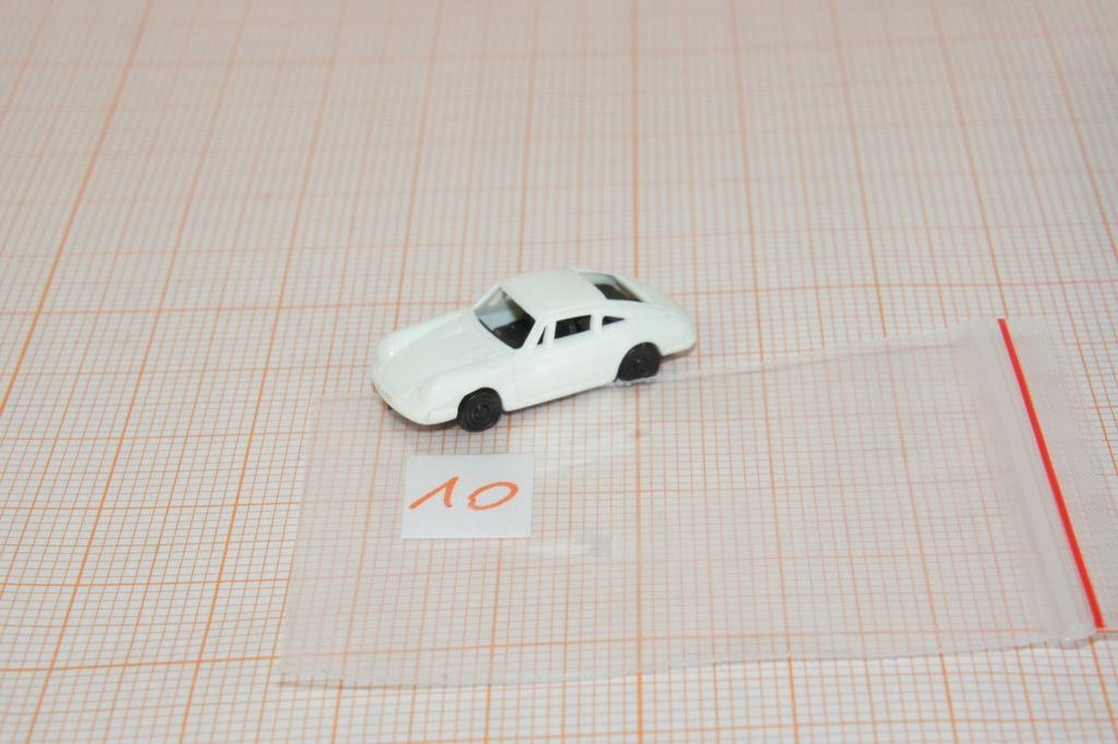 Auto na makietę w skali N 1/160 (10)