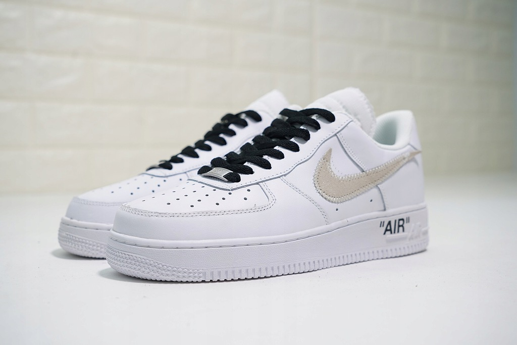 VIRGILL x OFF WHITE x NIKE AIR FORCE 1 LOW r. 38