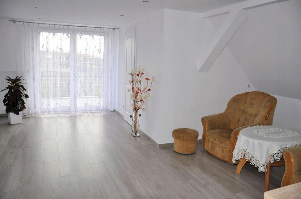 Dom Chrzan, jarociński, 130,00 m²