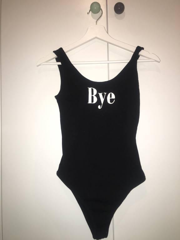 """Body """"Bye"""" - Bershka - XS"""