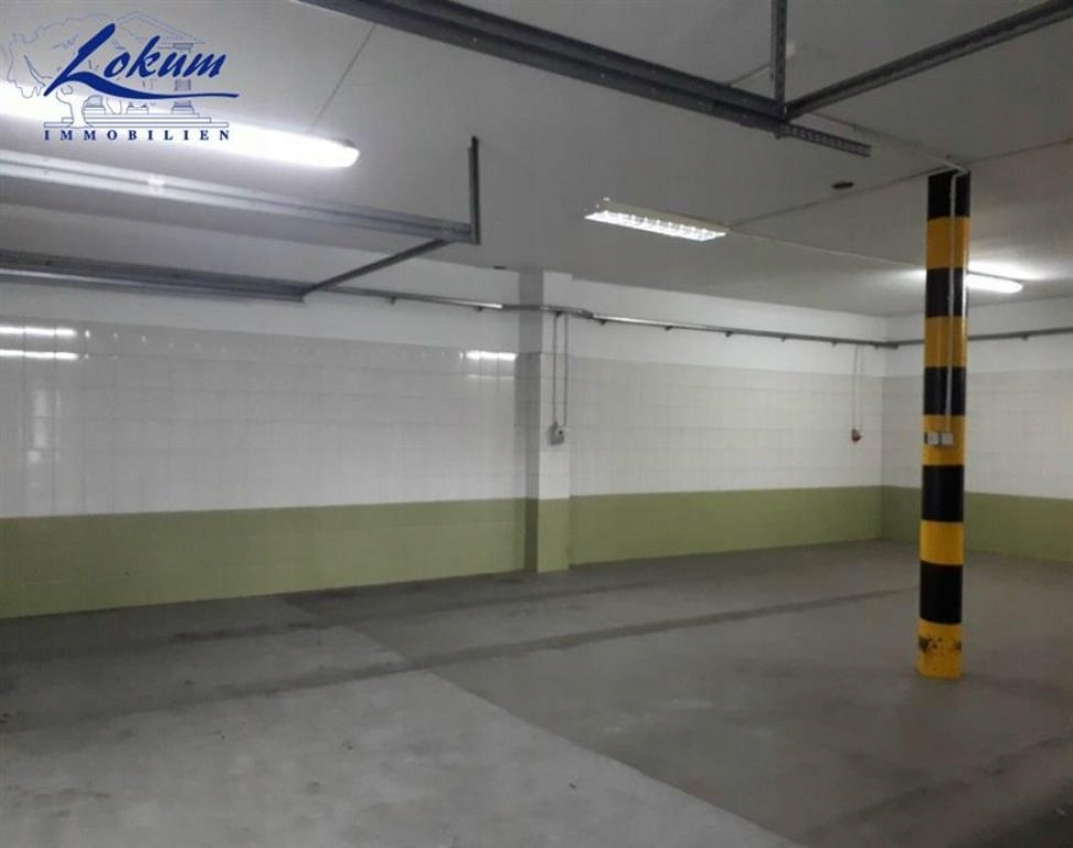Komercyjne, Klonówiec, Lipno (gm.), 165 m²