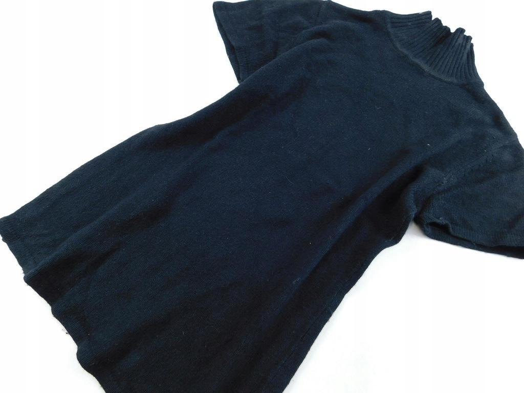 0802d98 RESERVED sweter CZARNY półgolf S