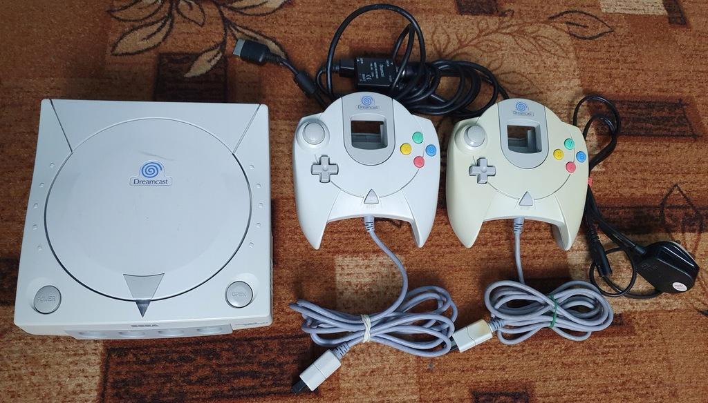 Konsola Sega Dreamcast HKT-3030 + 2 pady