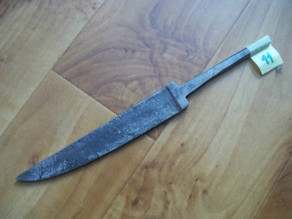 Nóż-Głownia noża kuta,hartowana Nr 11