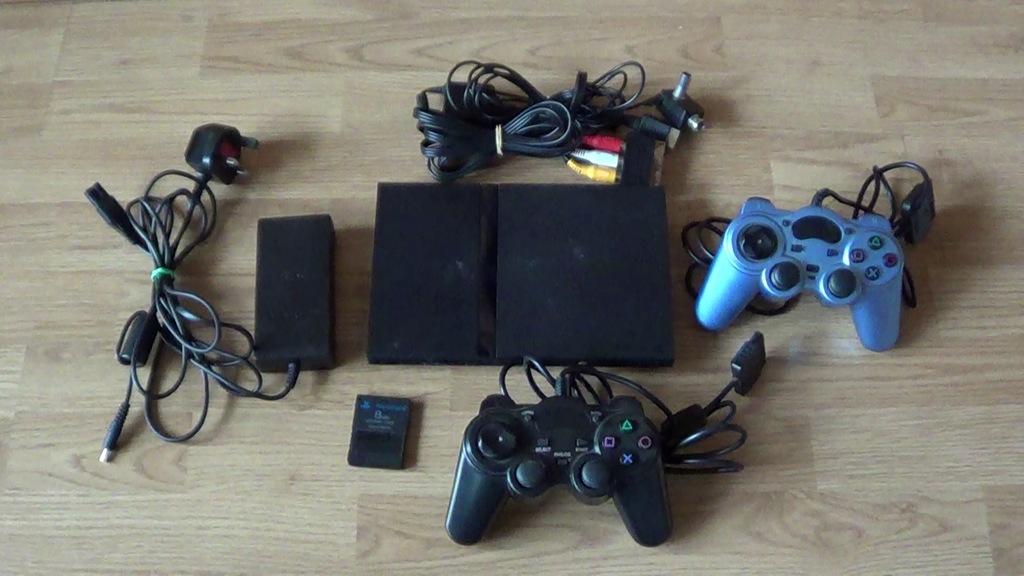 PlayStation 2 SCPH-77003 +2 pady,karta Free McBoot