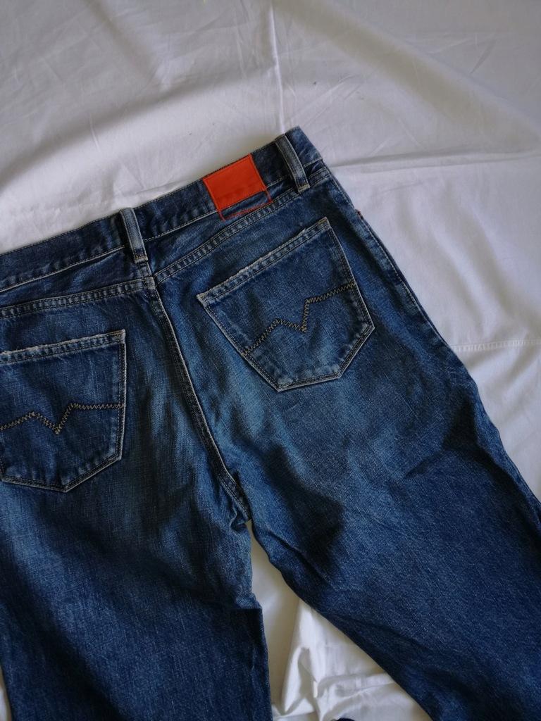 Hugo Boss orange spodnie pas 82 cm