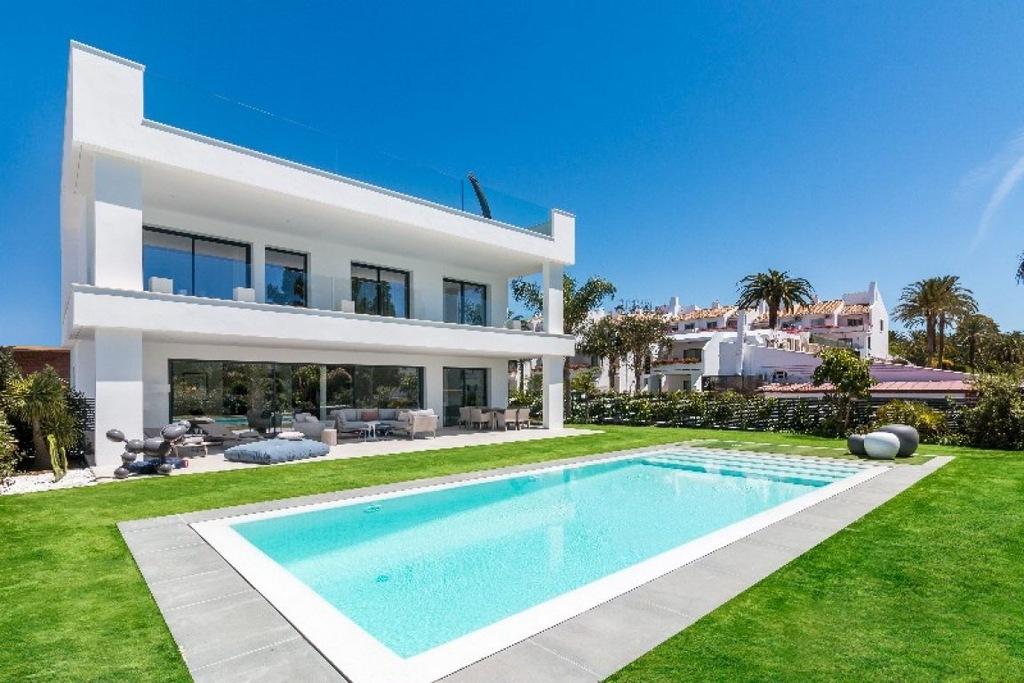 Dom, Malaga, 817 m²