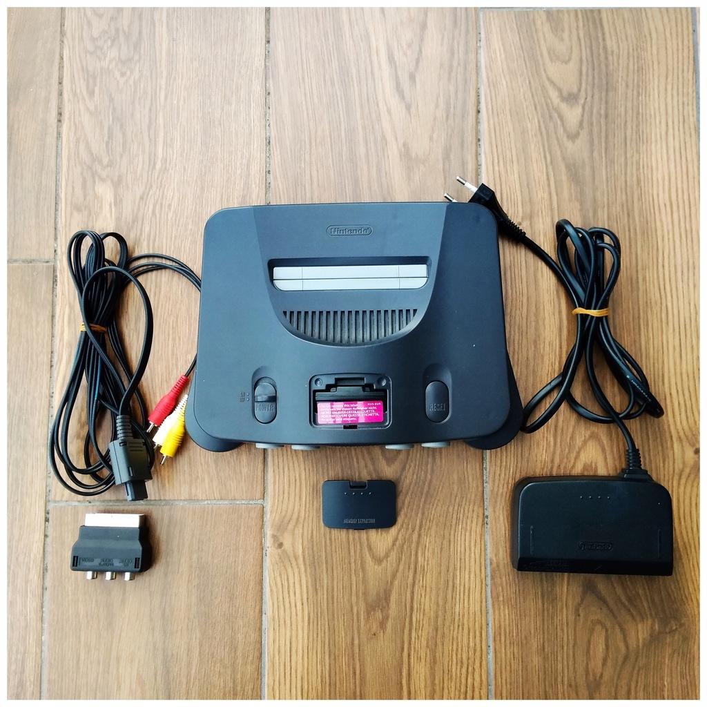 Konsola Nintendo 64 + okablowanie + jumper pack