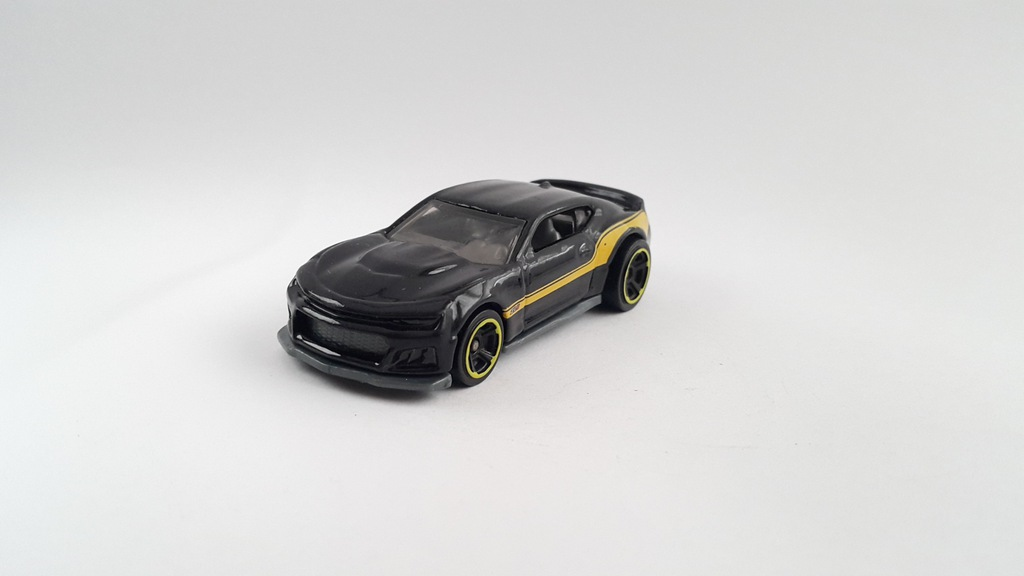HOT WHEELS 2017 CHEVROLET CHEVY CAMARO ZL1