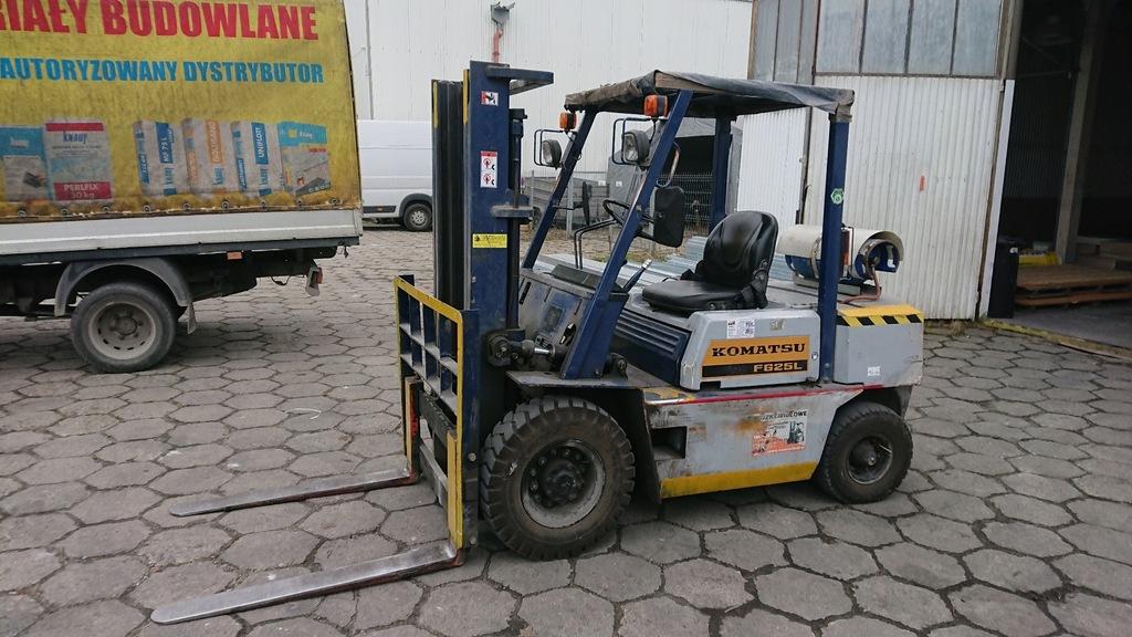 Wózek widłowy Komatsu 2500kg 3,3m Duplex LPG UDT