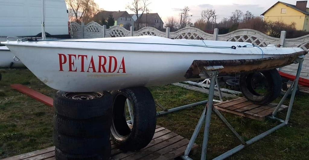 Żaglówka jacht Petarda 470