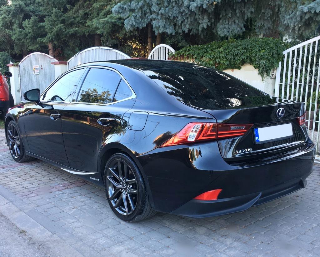 Lexus is 300h Prestige 2014 Hybryda Pakiet F-sport
