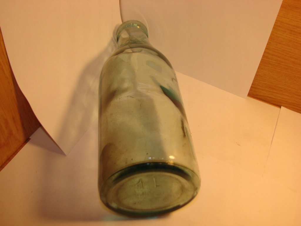 Huta Warta -przedwojenna butelka do mleka