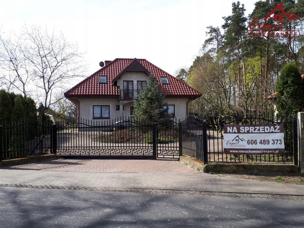 Dom, Krotoszyny, Biskupiec (gm.), 230 m²