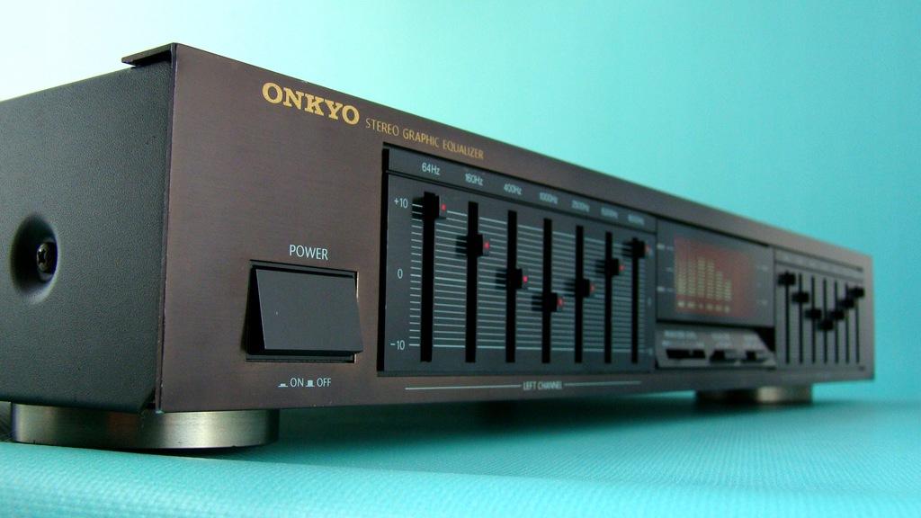 Japoński ONKYO EQ-240 - Zadbany - 2x7 pasm