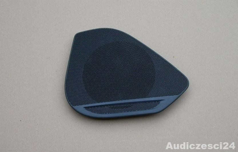 AUDI A4 B9 blenda osłona głośnika prawa 8W0035436
