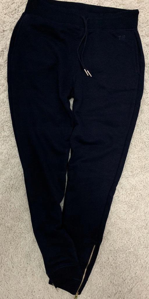 Damskie CZARNE spodnie dresowe Tommy Hilfiger XS