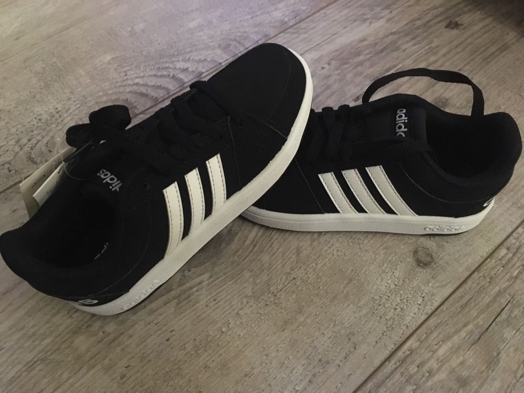 Sprzedam NOWE buty Adidas Neo VS Hoops. R:29