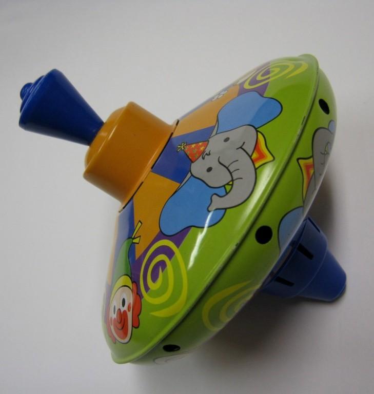 Bąk - zabawka