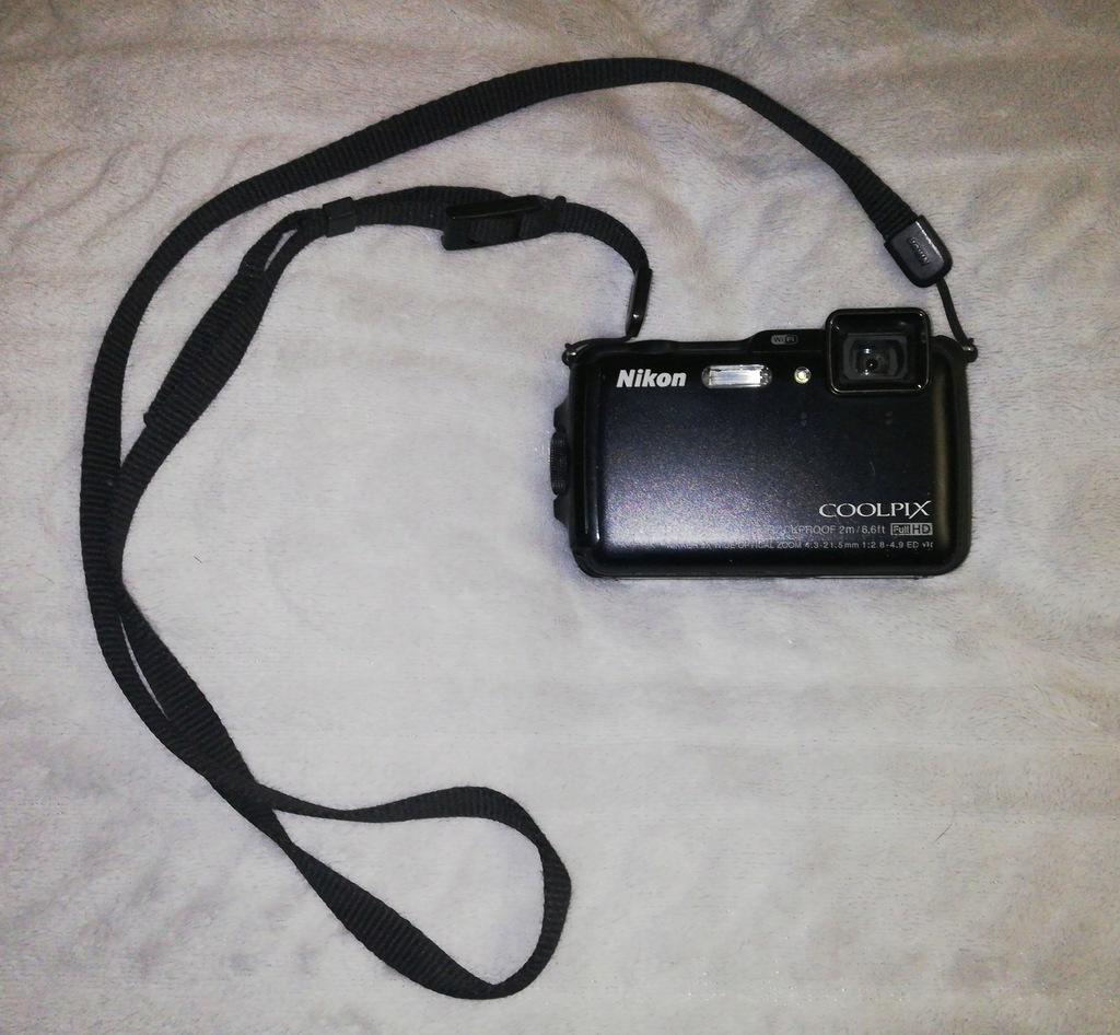 Aparat Nikon Coolpix AW120 na części uszkodzony