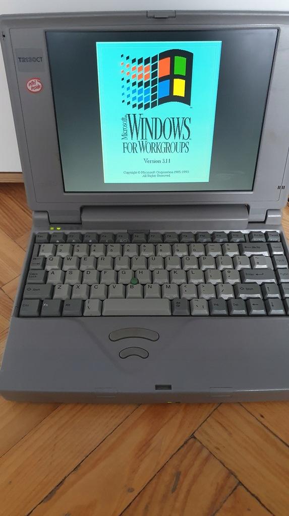 Stary Laptop Toshiba T2130CT/520 intel 486 retro