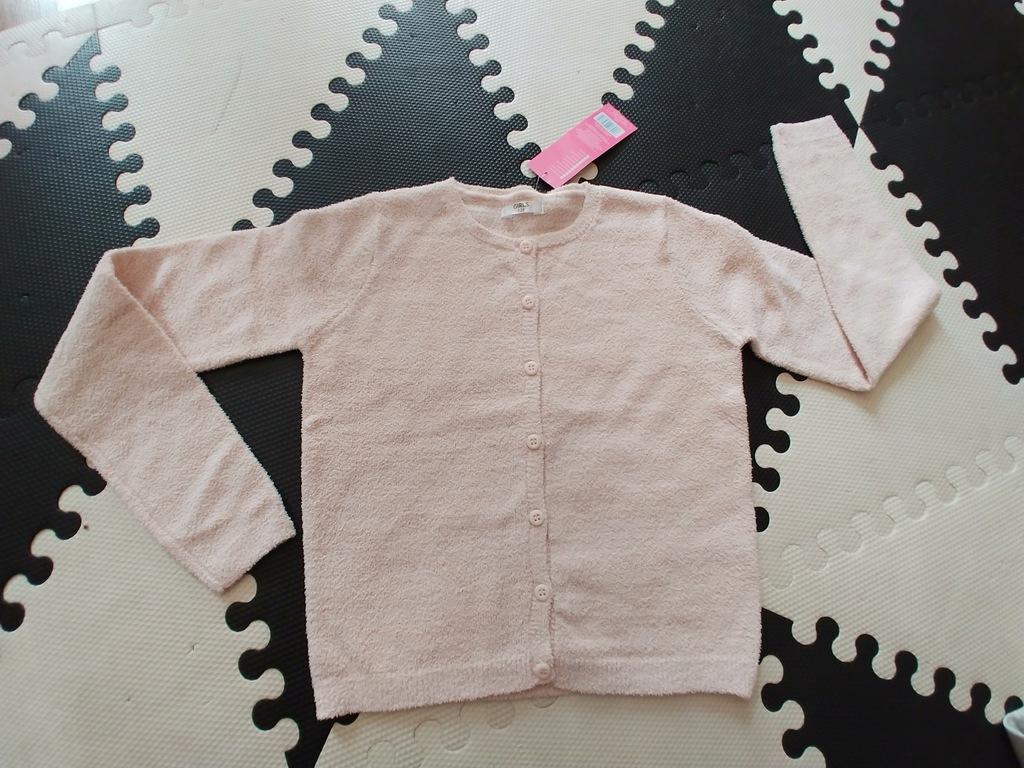 Śliczny miły sweter różowy nitka 128cm 7l nowy