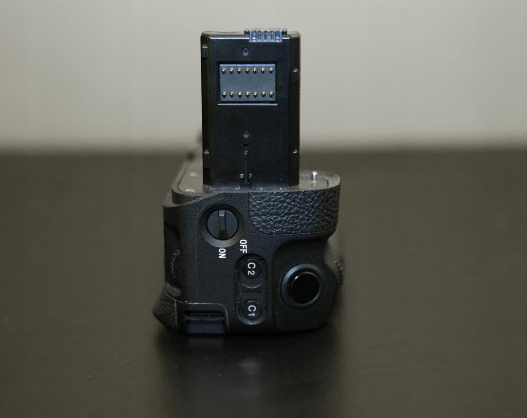 Grip Sony VG-C2EM - A7II, A7RII i A7SII