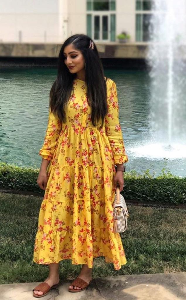ZARA żółta sukienka w kwiaty z falbankami r. L