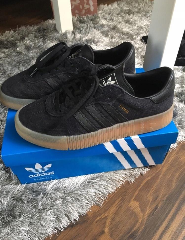 adidas buty czarne zamszowe
