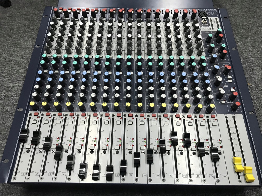 Soundcraft GB2-16R / Analogowy Mikser do studia