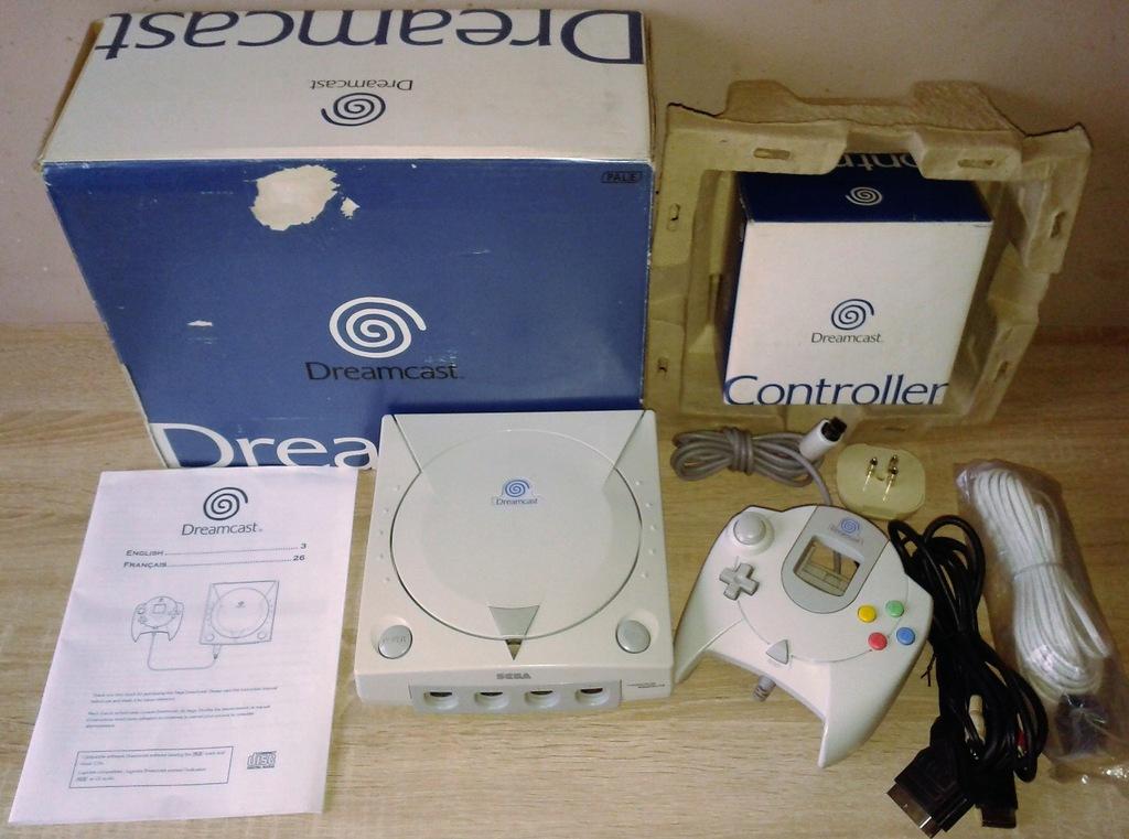Sega Dreamcast Komplet Box Pad Kabel Scart