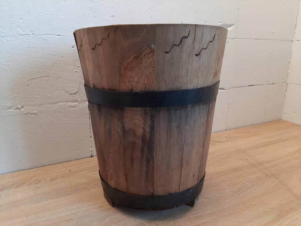stara dębowa donica drewniana doniczka beczka