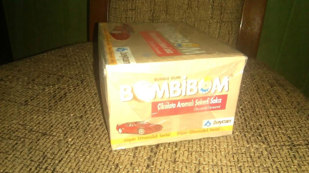 Oryginalne pudełko Bombibom, 100 gum, lata 90