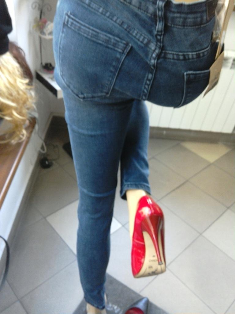 Spodnie damskie jeansy XL!