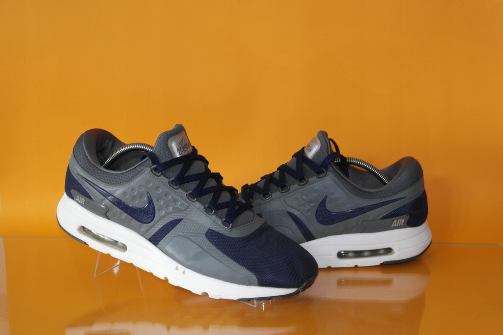 NIKE AIR MAX ZERO ESSENTIAL (876070 001) r. 43