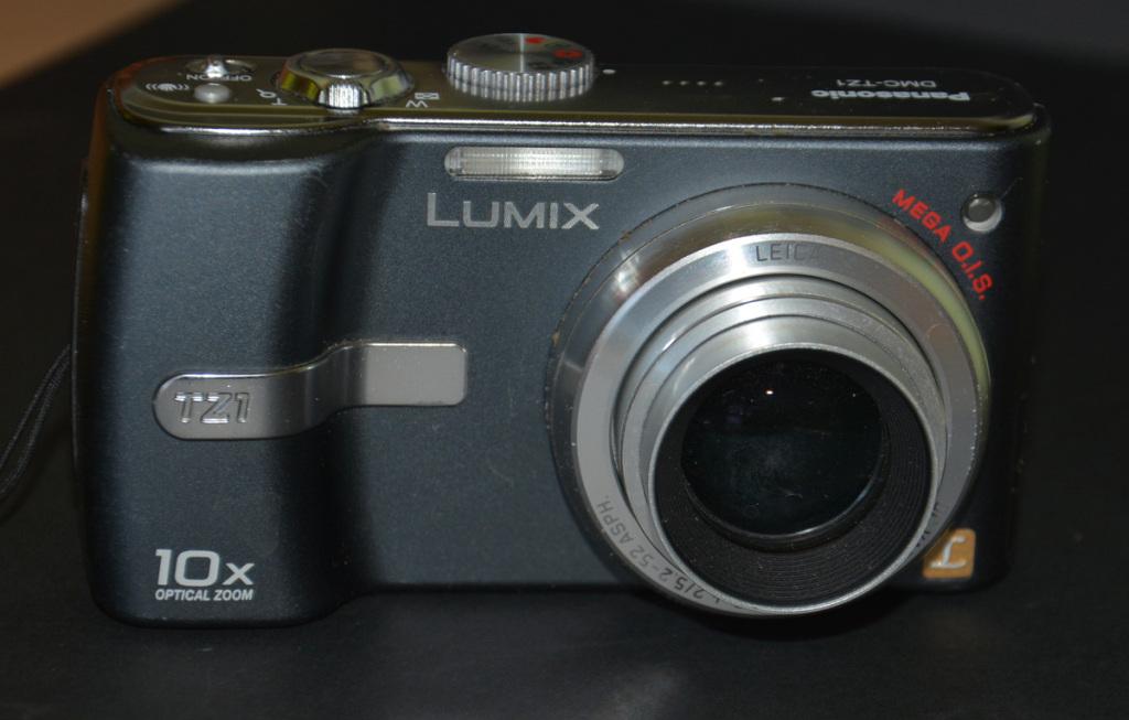 Panasonic Lumix DMC-TZ1, gotowy do fotografowania