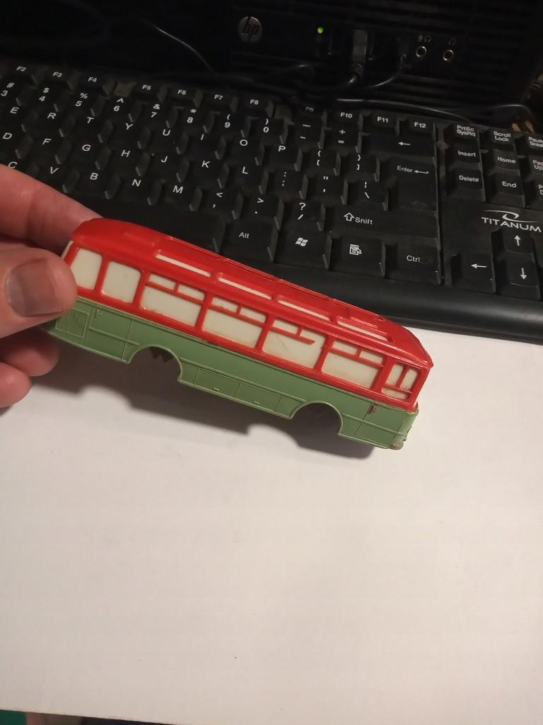 Stara Zabawka Autobus SFA Sanok 09 Na Części