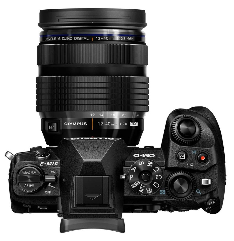 Olympus OM-D E-M1 MARK II + 12-40 mm f/2.8 Pro