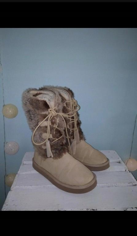 UGG kozaki saszki emu dla dziewczynki 23,56 ZARA
