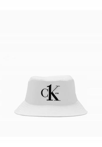 FB* Calvin Klein biały bucket