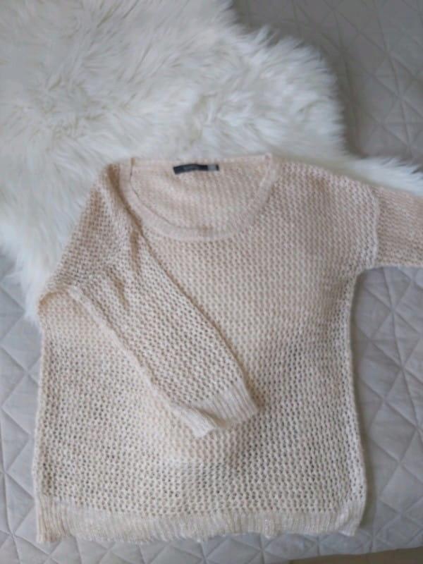 Sweter ażurowy beżowy srebrna nitka Reserved S