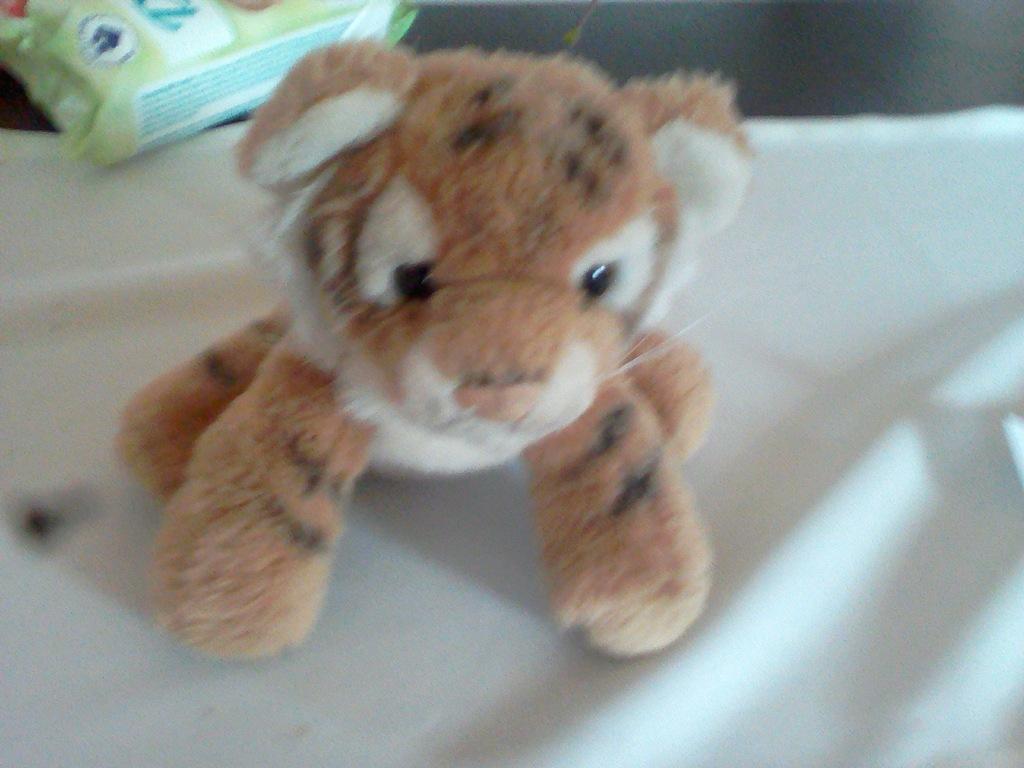 pluszak tygrys 20cm