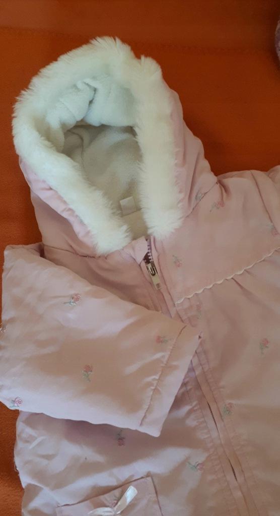 Zimowy kombinezon dla dziewczynki r 68