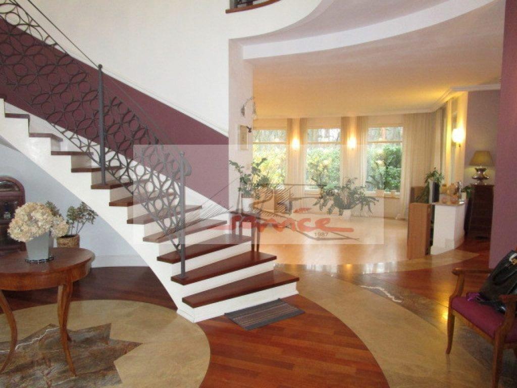 Dom, Latchorzew, Stare Babice (gm.), 280 m²